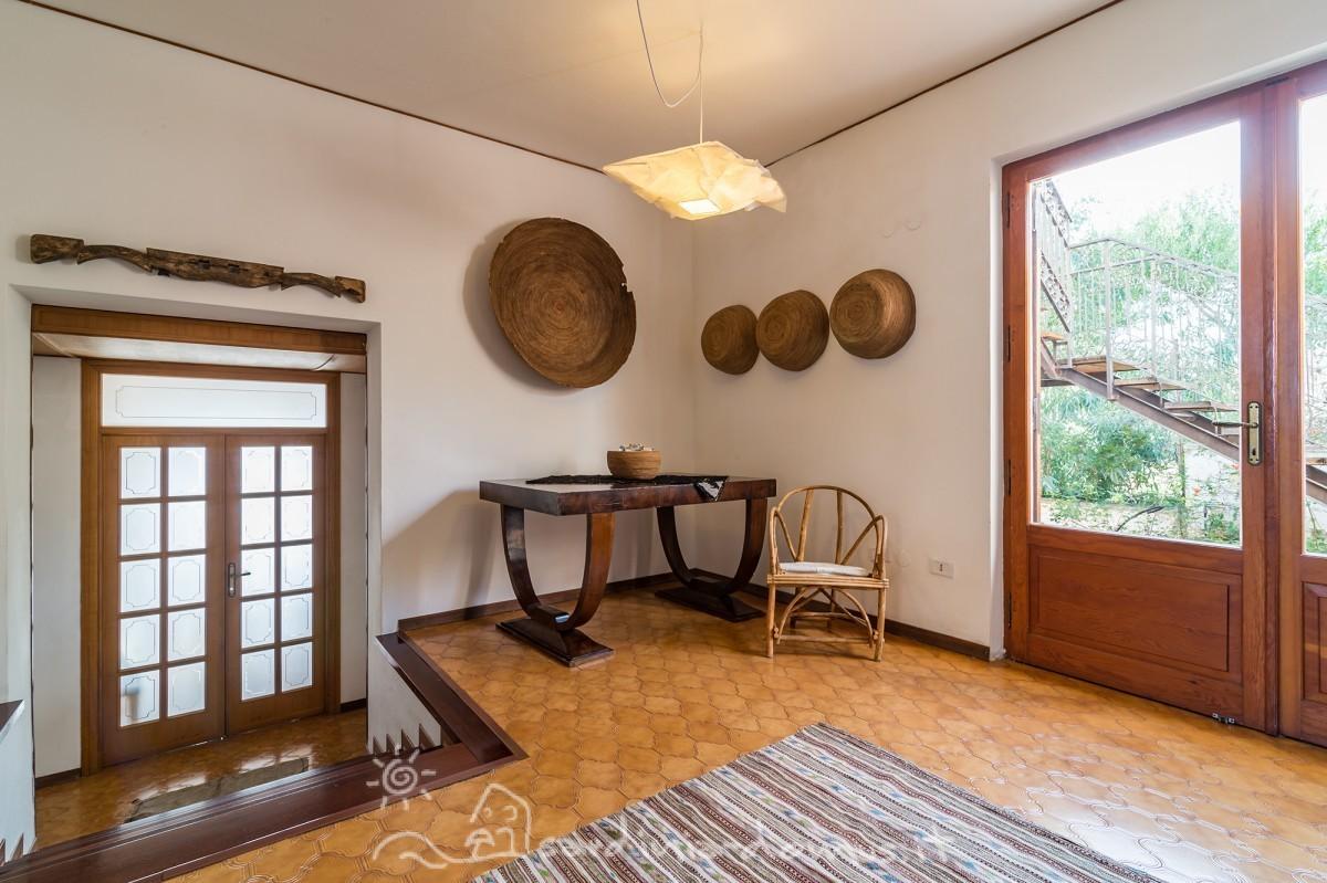 Casa Vacanza Sardegna - villa Gayane - cala gonone