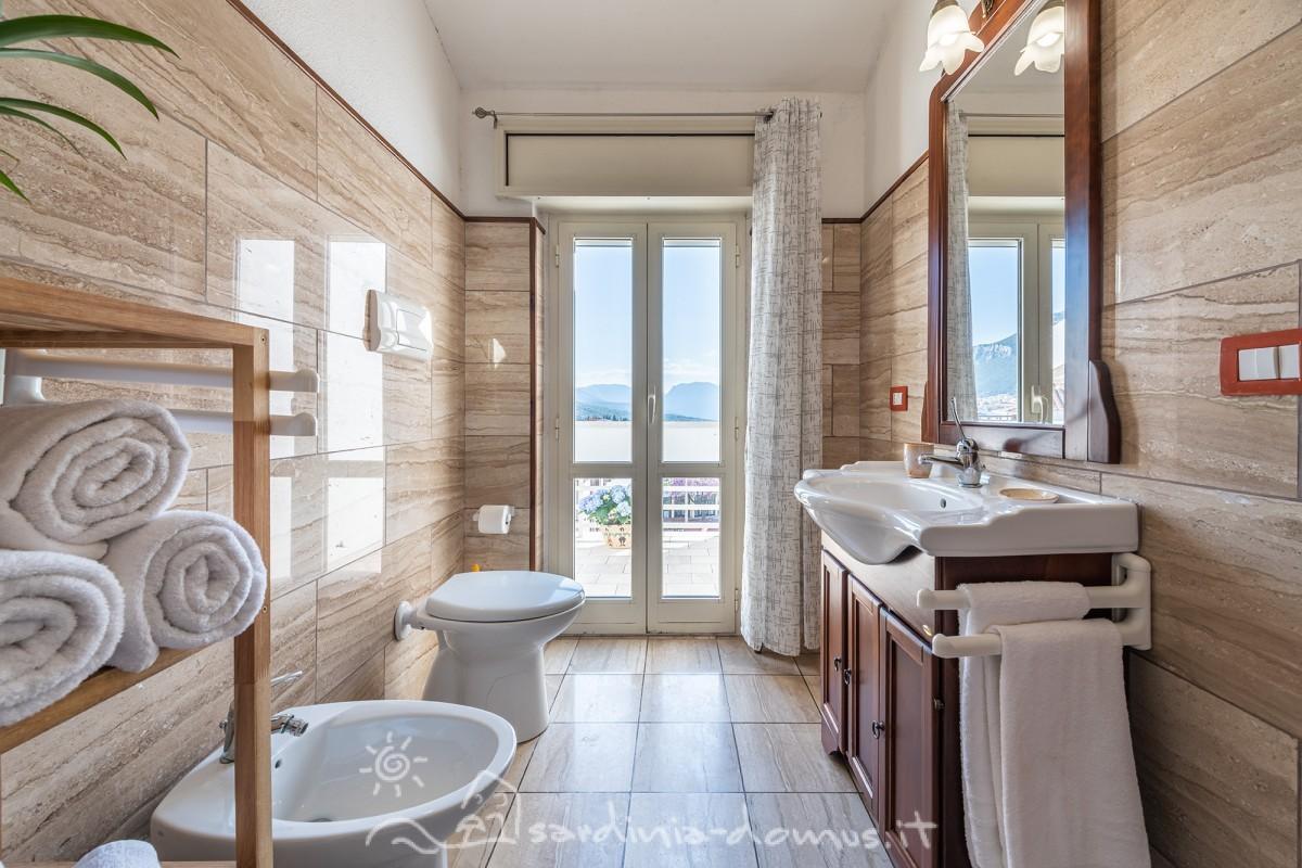 Casa-Vacanza-Sardegna-Bed-and-Breakfast-Dorgali-09