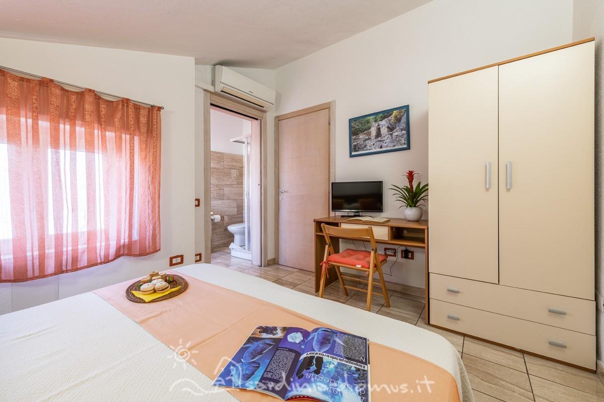 Casa-Vacanza-Sardegna-Bed-and-Breakfast-Dorgali-11