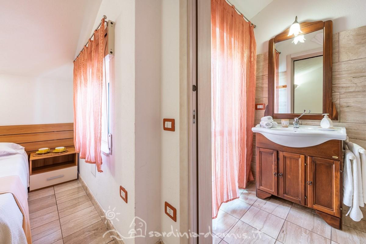 Casa-Vacanza-Sardegna-Bed-and-Breakfast-Dorgali-12