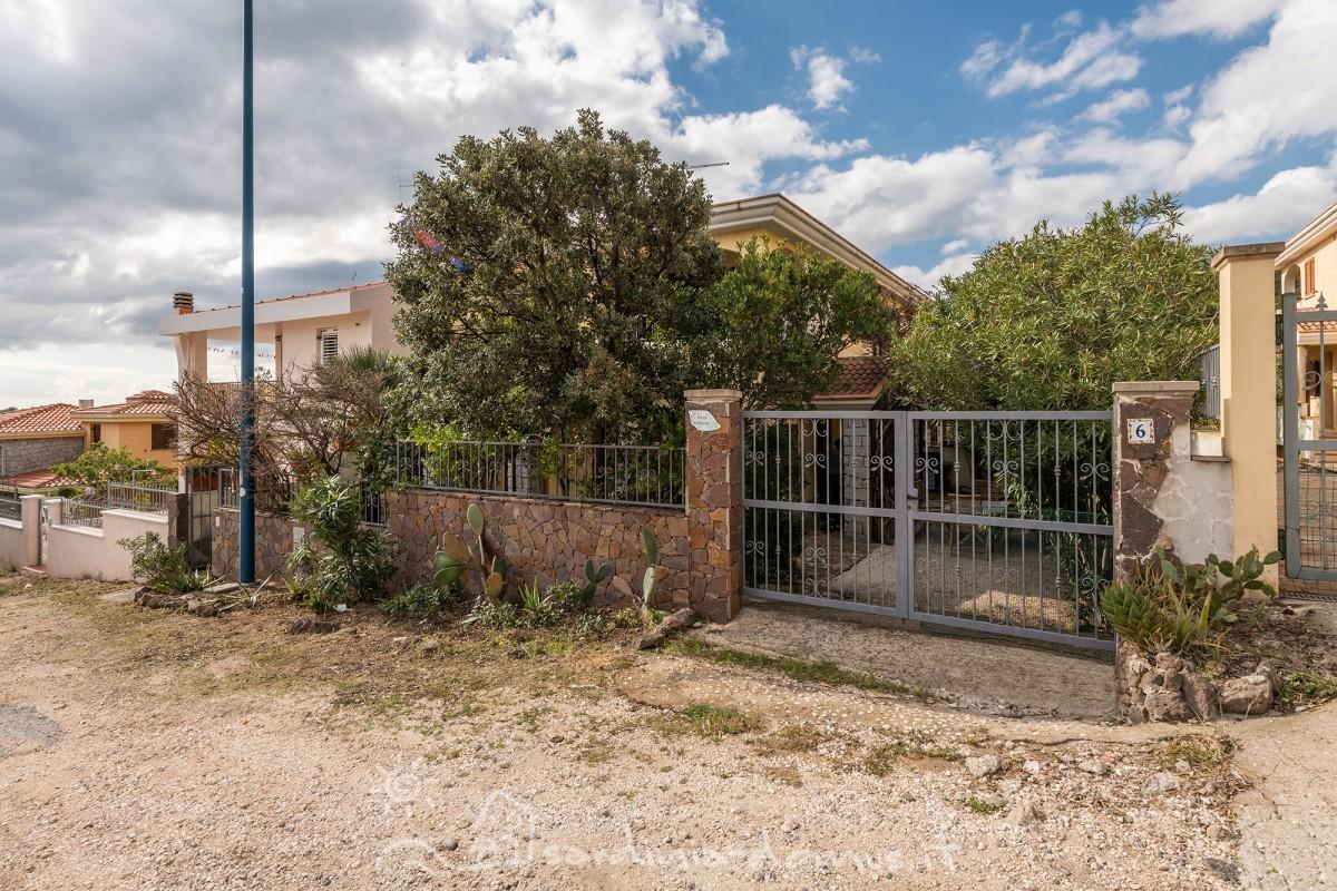 Casa-Vacanza-Sardegna-Villa-Oleandri-01